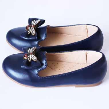 נעל שטוחה עם אבזם פרפר-כחול