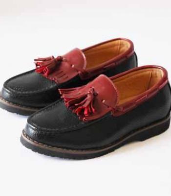 נעל שטוחה שחור בורדו