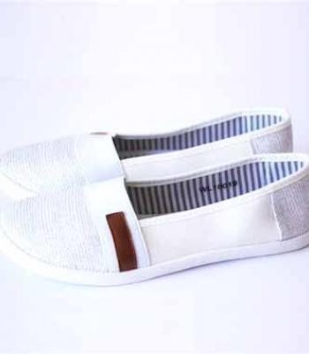 נעלי בד עם דוגמא אפור לבן